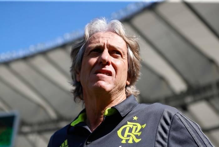 Jorge Jesus aprovou sua estreia no Maracanã