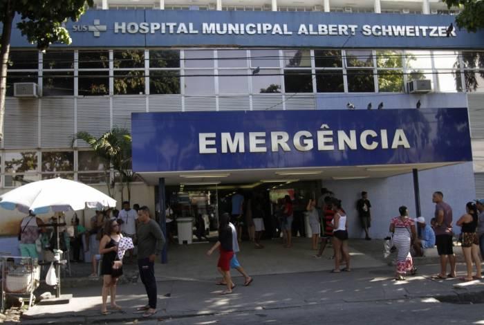 Agente foi socorrida no Hospital Albert Schweitzer