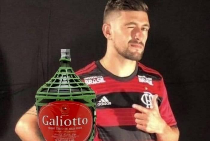 Goleada do Flamengo e atuação de gala de Arrascaeta rendem ...