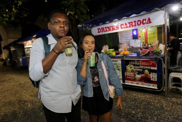 Os amigos Anderson Chagas e Fernanda Almeida