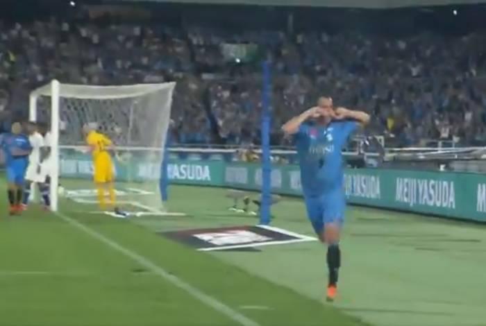 Leandro Damião marcou o gol da vitória do Kawasaki Frontale, por 1 a 0, em cima do Chelsea