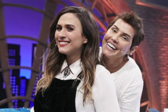 Tatá Werneck e Deborah Secco no 'Lady Night'