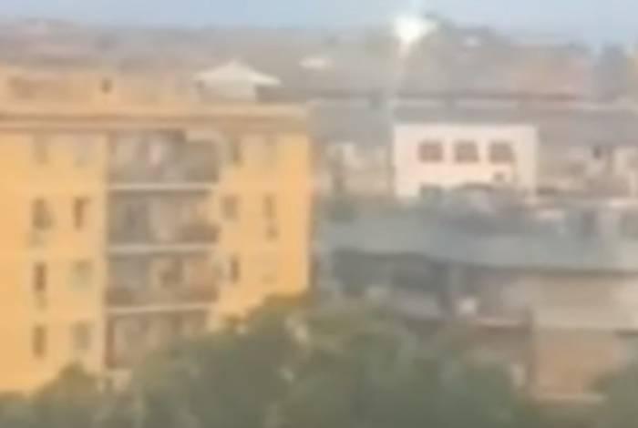 Vídeo mostra OVNI sobrevoando Roma