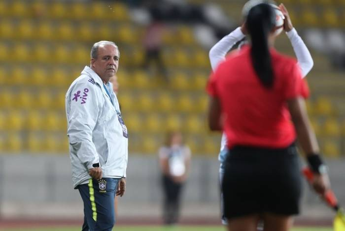 Vadão encerra sua segunda passagem pela seleção brasielira feminina