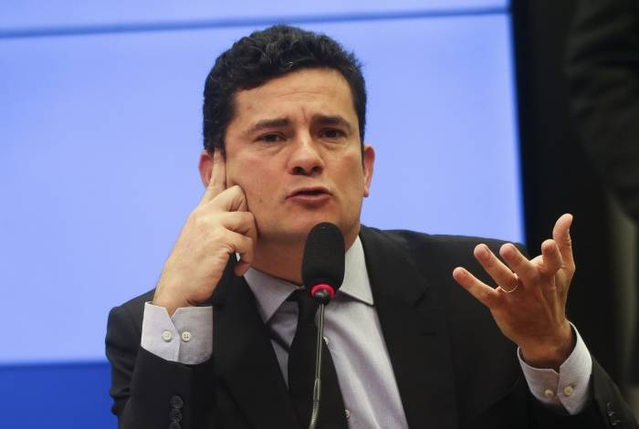 Supostos diálogos entre procuradores e Sergio Moro foram vazados e publicados pelo The Intercept