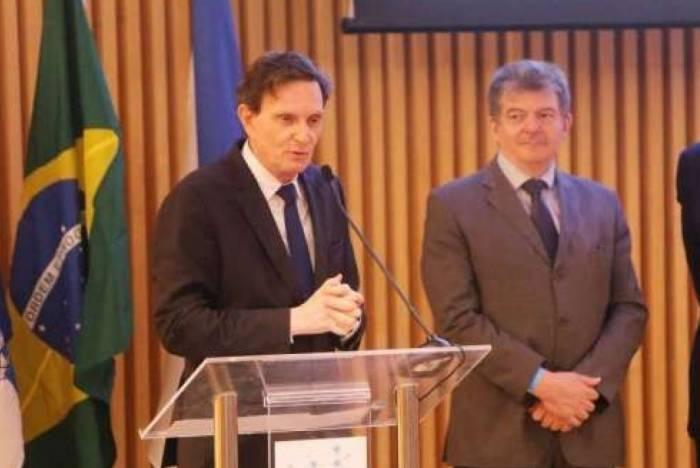 Crivella e secretário Cesar Barbiero garantem crédito este ano