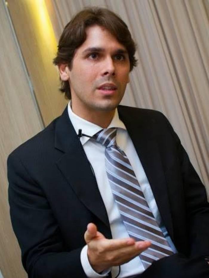 Renato Vieira, presidente do INSS, reconheceu vazamento de dados