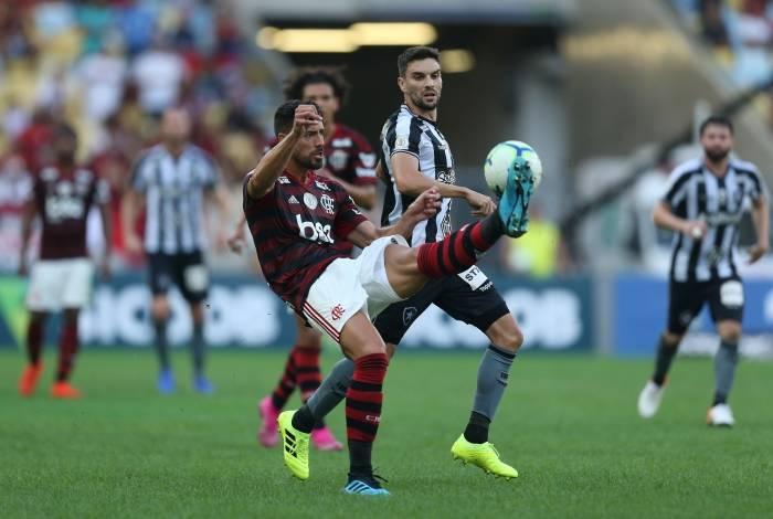 Clássico entre Flamengo e Botafogo foi disputado