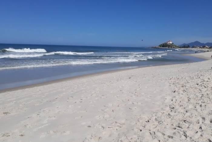 Corpo de garoto que estava desaparecido é encontrado em praia de Saquarema