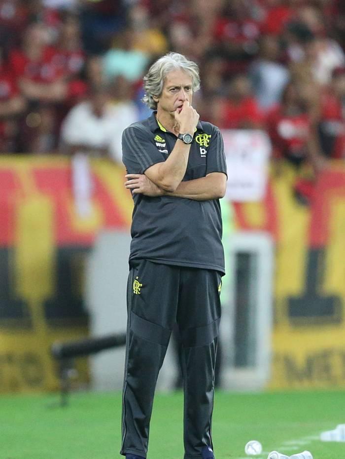 O técnico Jorge Jesus confia na equipe rubro-negra e na força da torcida para reverter a vantagem do Emelec, hoje à noite, no Maracanã