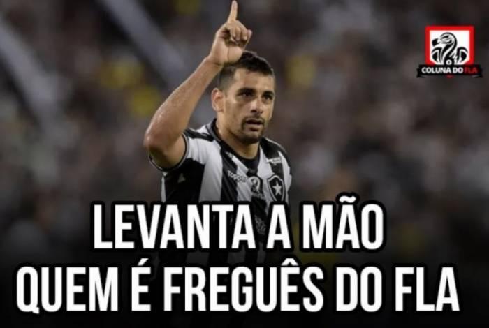 Flamengo vence o Botafogo e torcedores 'tiram onda'