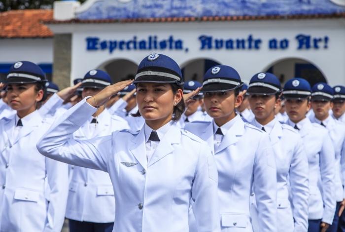 Serão 252 vagas em curso de formação de Sargentos da Aeronáutica para cidadãos brasileiros de ambos os sexos entre 17 e 25 anos
