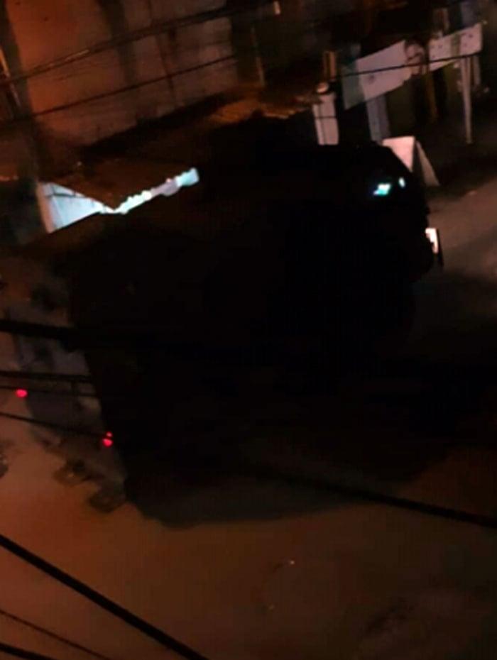 'Caveirão' em rua de favela do Complexo da Maré
