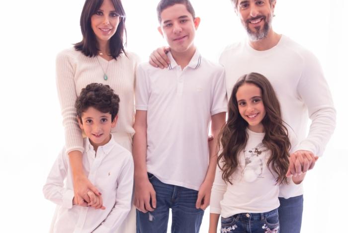 Marcos Mion e família