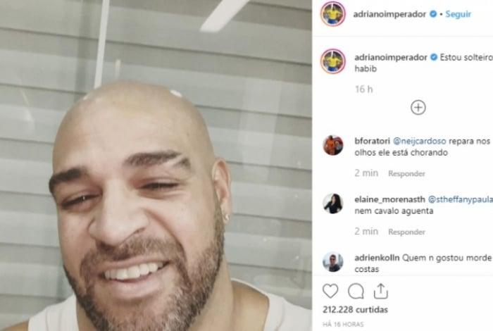 Adriano anunciou que está solteiro