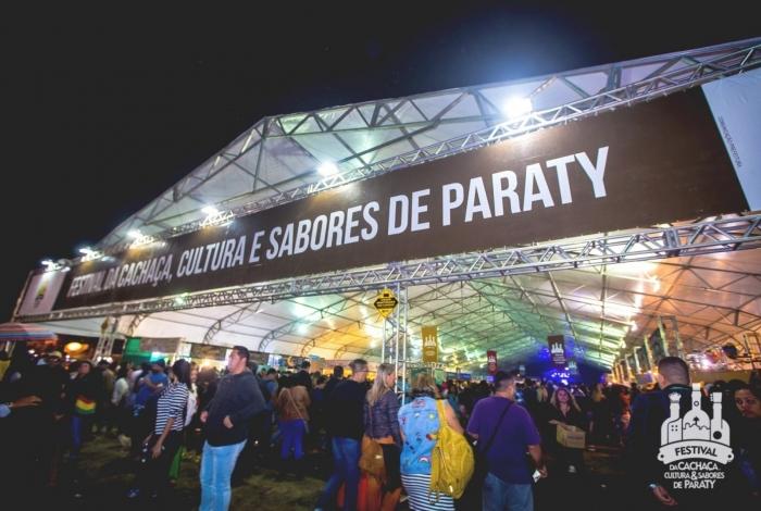 Festival da Cachaça terá shows com artistas locais, gastronomia e, claro, cachaça