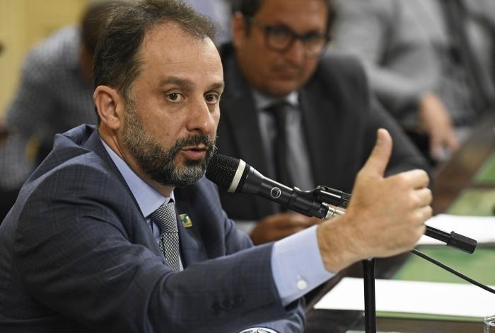 Secretário de Fazenda, Luiz Cláudio Carvalho fez levantamento com sua equipe