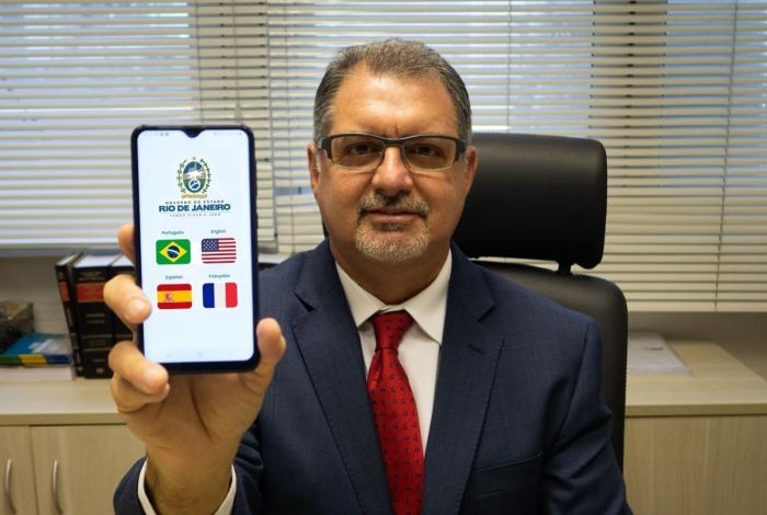 O aplicativo de atendimento, reclamações e denúncias terá versão em outras línguas