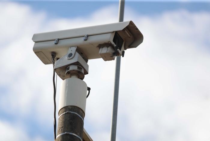 Radares móveis precisam ficar ao alcance de visão dos motoristas
