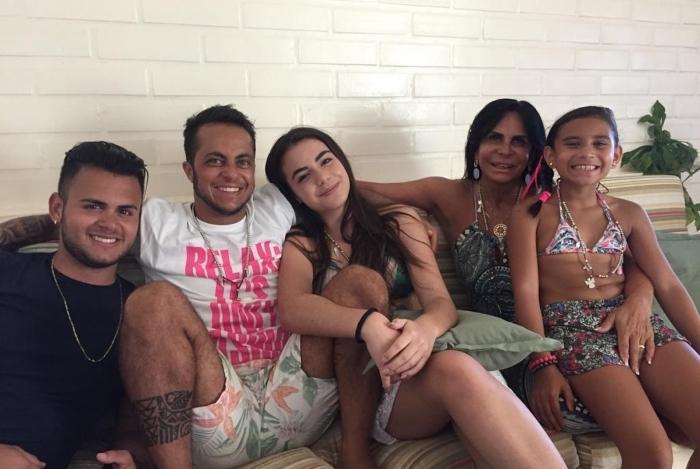 Thammy Miranda, Gretchen e família