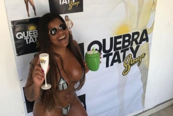 Tati Quebra-Barraco