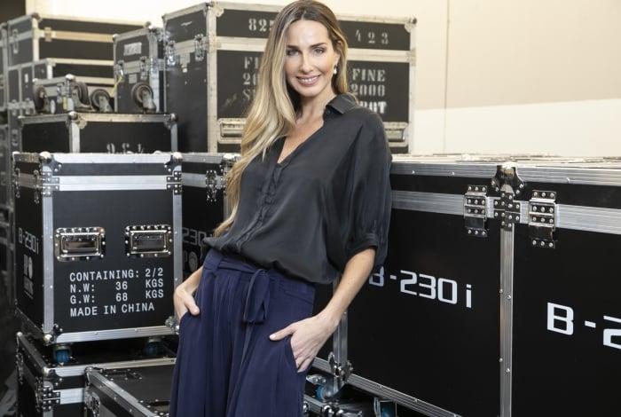 Mariana Weickert, repórter do 'Domingo Espetacular', comemora a boa audiência na estreia: