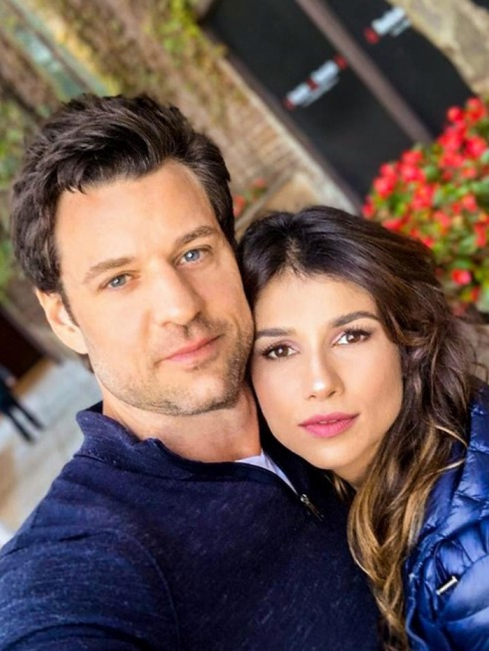 Paula Fernandes e o namorado Rony Cecconello