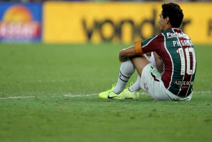 Barrado por Marcão, Ganso entrou no fim do jogo contra a Chapecoense. Mudança não surtiu efeito