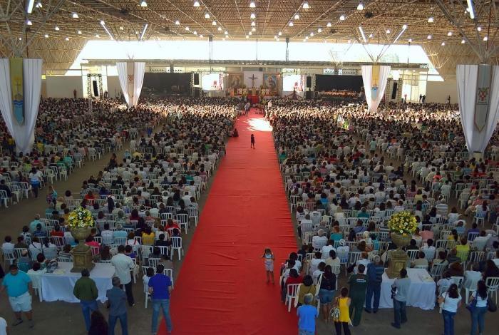 Milhares de fiéis se reúnem para celebrar a fé na Unidade Diocesana, que tem sua 42ª edição programa este ano para Macaé