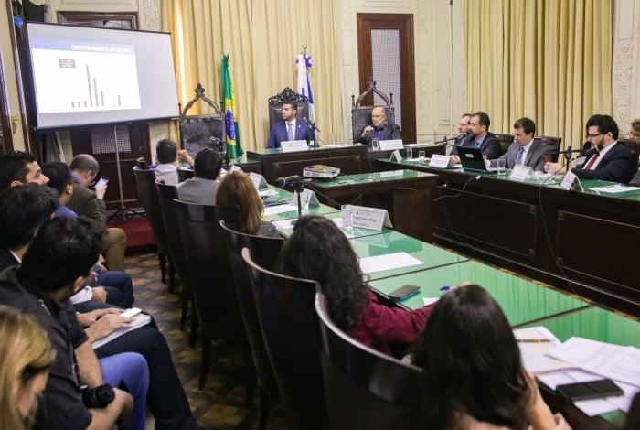 Em audiência Pública na Alerj, Carvalho mostrou histórico de endividamento do Estado do Rio