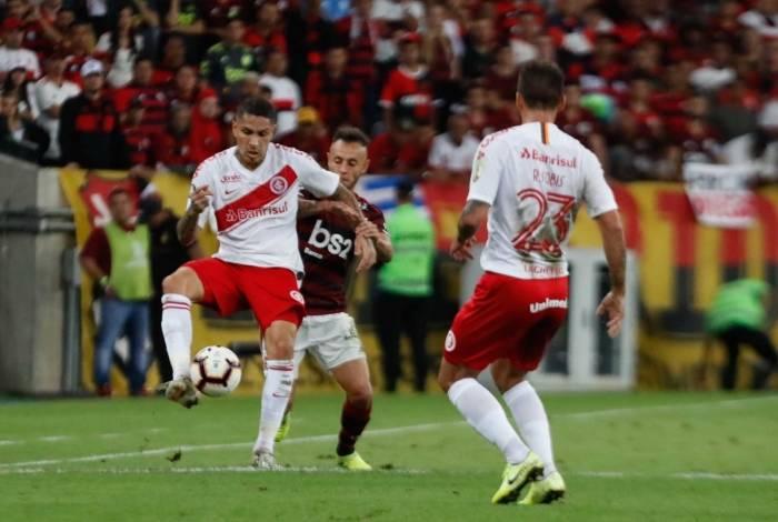 Flamengo derrotou o Inter por 2 a 0