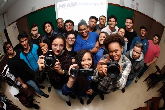 Aulas na Gávea abrem as portas para jovens que residem em comunidades no entorno da universidade