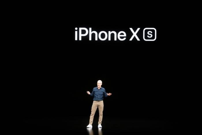 Novo iPhone terá três câmeras e será lançado em setembro