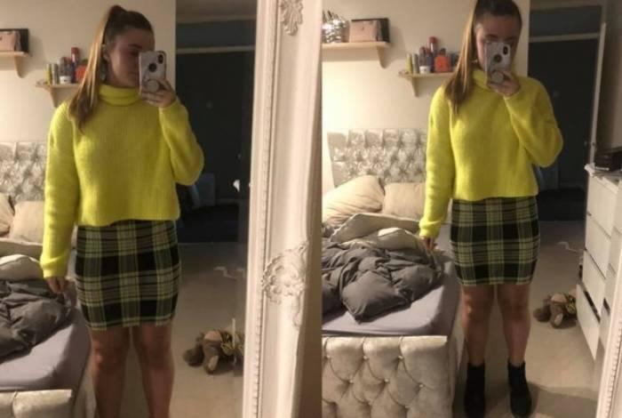 Lillie Cattell foi trabalhar com uma saia que foi considerada