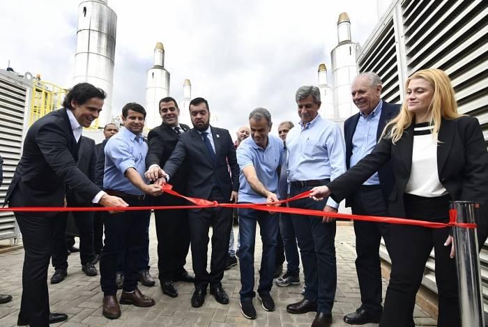 Prefeito Rogerio Lisboa, vice-governador Cláudio Castro e outras autoridades participaram da inauguração da usina