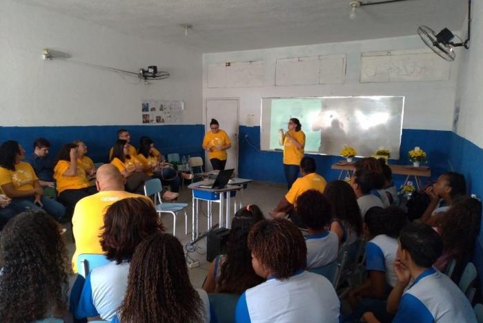 Programa EscolaQPrevine em colégio de Caxias formou multiplicadores em prevenção