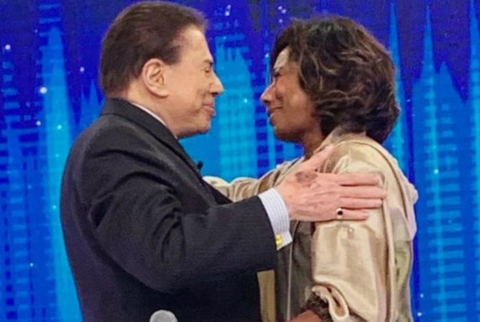 Gloria se emociona em encontro com Silvio Santos