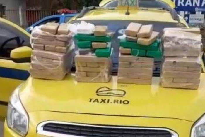 Material apreendido em táxi na Zona Norte