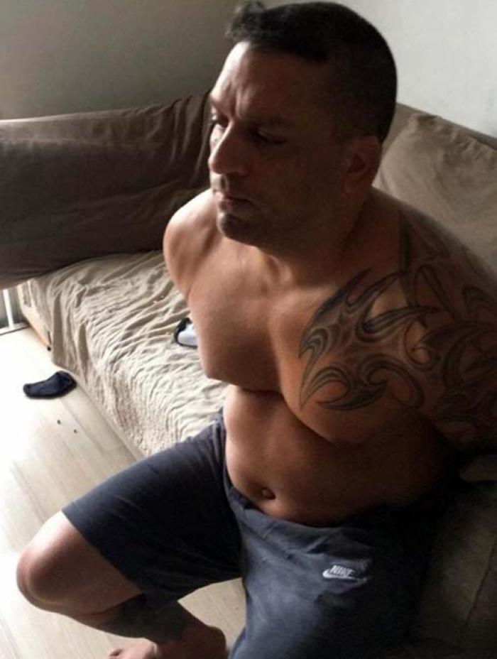 Pitbull foi preso em casa
