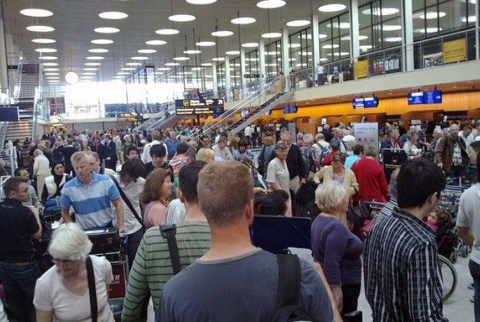 Confusão de passageiro resultou no atraso de quatro horas nos voos do Aeroporto de Munique, na Alemanha