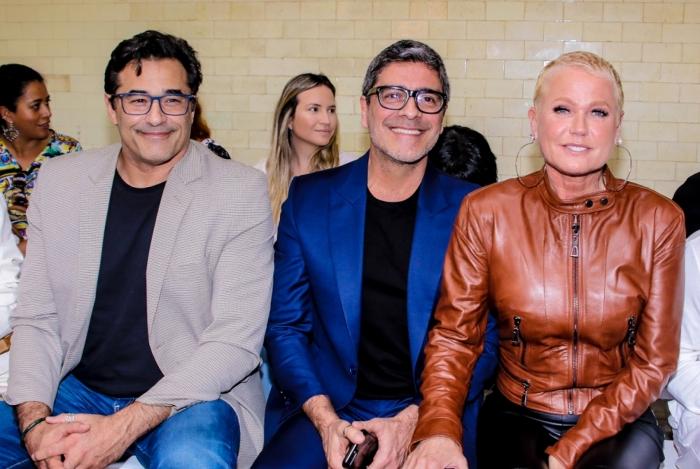 Xuxa, Junno e Luciano Szafir assistem Sasha na passarela