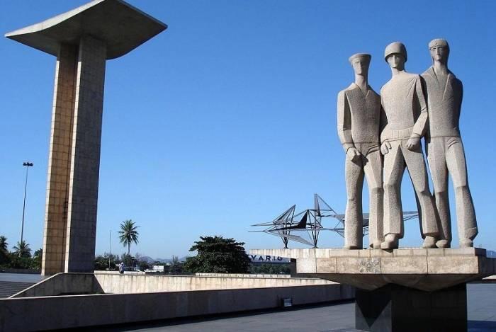 Monumento dos Pracinhas reúne história, desafios e uma vista deslumbrante