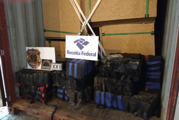 PF e Receita atuaram na apreensão dos 550 quilos da droga