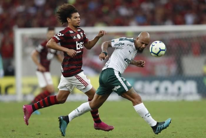 Felipe Melo afirma que Flamengo é time a ser batido na Libertadores