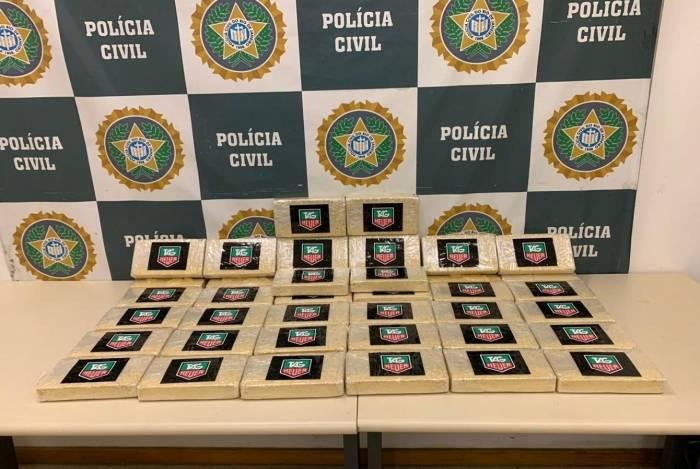 Drogas seriam entregues no Complexo da Maré e estava avaliadas em cerca de meio milhão de reais