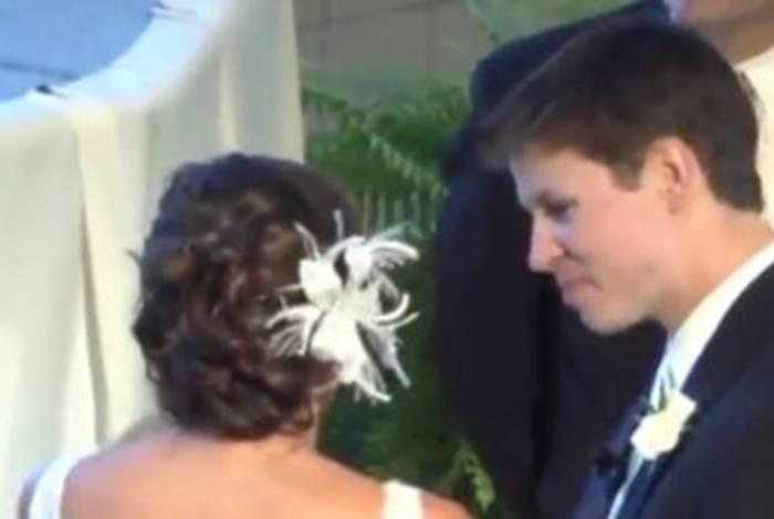 Confissão da jovem ficou registrada nos vídeos do casamento