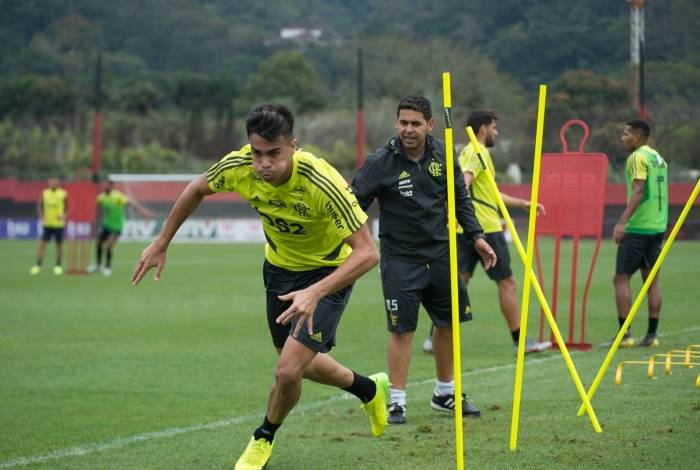 Para Jorge Jesus, estilo e perfil físico de Reinier lembram Kaká