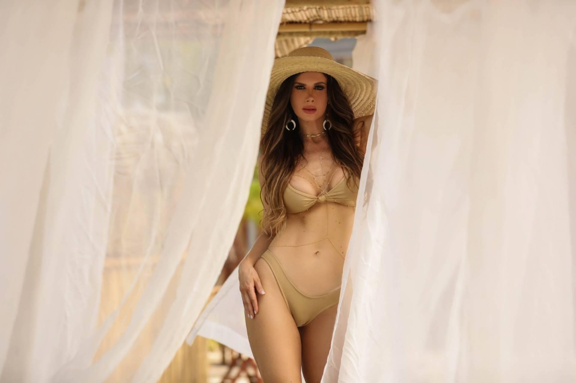 Modelo e ex-coelhinha da Playboy Márcia Spézia