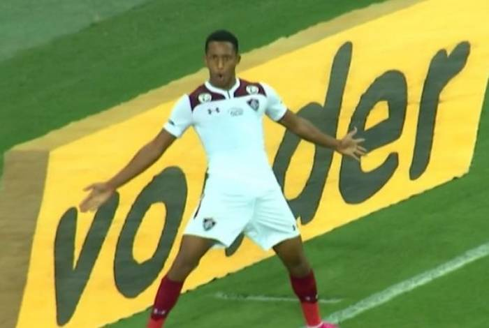 João Pedro marcou o gol da vitória do Fluminense sobre o Fortaleza