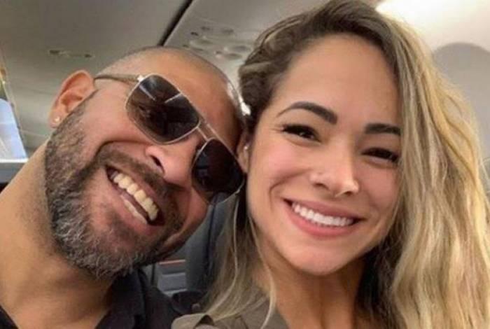 Adriano Imperador e Hannah Alvarez